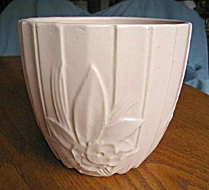 Vintage McCoy Lotus Jardiniere (Image1)