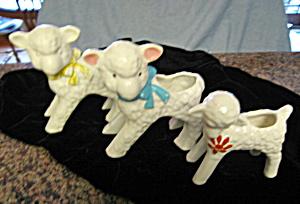 Vintage McCoy Lamb Planters (Image1)