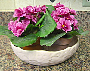 McCoy Butterfly Line Console Vase (Image1)
