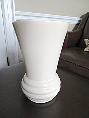 McCoy Pottery Vase Rare? (Image1)