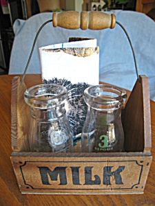 Vintage Milk Bottle Display (Image1)