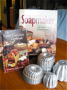 Vintage Molds, Soapmaker and Jello Book (Image1)