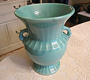 Monmouth Pottery Vase (Image1)
