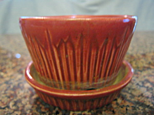 Morton Pottery Pot & Saucer (Image1)