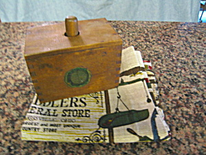 Antique Munising Butter Mold (Image1)