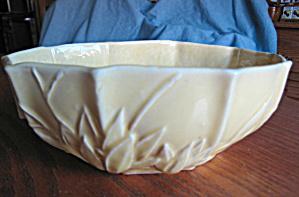 Nelson McCoy Lilly Bud Vase (Image1)