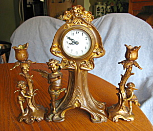 Antique New Haven Falmouth Clock Set (Image1)