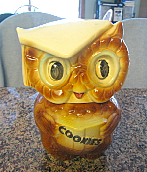 American Bisque Owl Cookie Jar (Image1)