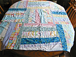Small Medium Weight Quilt Blanket