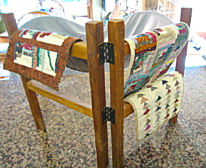 Miniature Quilts and Rack (Image1)