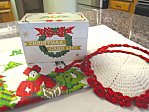 Holiday Vintage Recipe Box & Linens