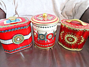 Red Tin Vintage Group