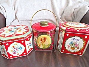 Red Vintage Tin Assortment