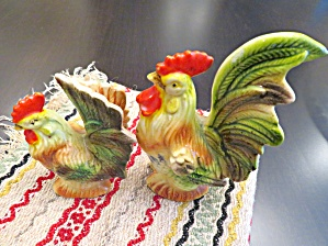 Colorful Vintage Rooster Shakers