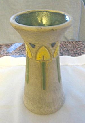 Roseville Antique Art Pottery Vase (Image1)