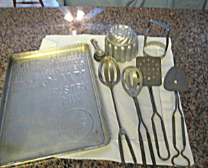 Vintage Py O My Baking Gadgets (Image1)
