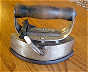 Dover Asbestos Sad Iron (Image1)