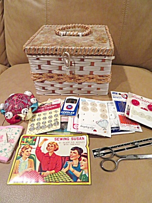 U.s. Sewing Basket W/notions