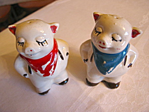 Vintage Shawnee Smiley Pig Shakers