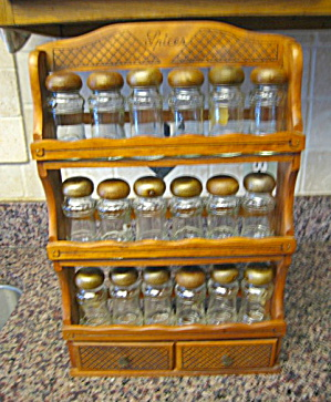 Wood Spice Jars w/Rack (Image1)