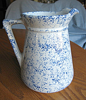 USA Spongeware Pitcher (Image1)