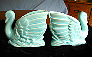McCoy Pottery Swan Vases (Image1)