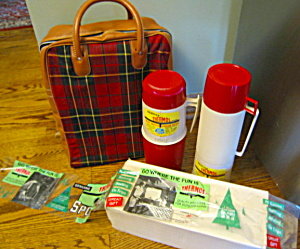 Unused King-Sealy Vintage Thermos Set  (Image1)