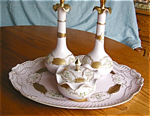 Porcelain Vanity Tray and Accessories (Image1)