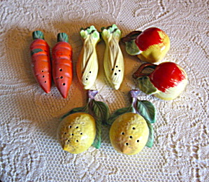 Japan Vegetable Shakers Vintage