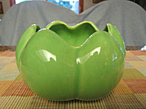 Vintage Pottery Vase (Image1)