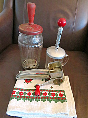 Red Kitchen Collectibles  (Image1)