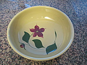 Watt Pottery Starflower Bowl (Image1)