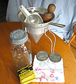 Vintage Wear-ever Canning Assortment