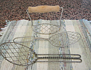 Wire Kitchen Utensils Vintage (Image1)