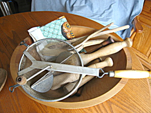 Vintage Woodenware Kitchen Assortment (Image1)