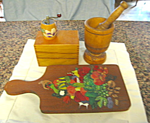 Vintage Woodware Kitchen Assortment (Image1)