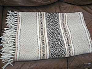 Faribo Wool Throw (Image1)