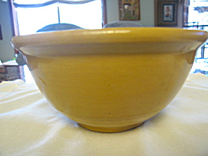 Antique Yellow Ware Bowl (Image1)