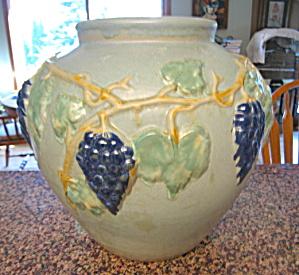 Rare Zanesville Stoneware Garden Jar (Image1)