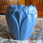 Click here to enlarge image and see more about item artpottery120409: Amaryllis Art Pottery Vase