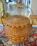 Click here to enlarge image and see more about item basket1016: Huge Vintage Basket