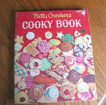 Click here to enlarge image and see more about item bccookbook20410: First Edition Betty Crocker Cooky Book