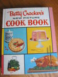 Click here to enlarge image and see more about item bettycrocker120808: Vintage lst Edition Betty Crocker Picture Cook Book