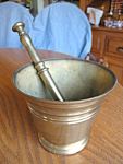 Click here to enlarge image and see more about item brass10843: Brass Mortar & Pestle