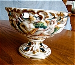 Click here to enlarge image and see more about item capodimonte20617a: Capodimonte Compote