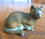Click here to enlarge image and see more about item cat10864: Miniature Metal Cat Figurine