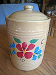 Click here to enlarge image and see more about item cookie40716: Vintage Cold Painted Cookie Jar