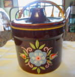 Click here to enlarge image and see more about item crock1113: Vintage USA Crock