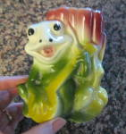 Click to view larger image of Frog & Banjo Planter Vintage (Image2)