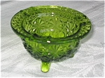 Click here to enlarge image and see more about item gash010399: Vintage Pressed Glass Daisy and Button Ashtray